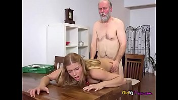 by strapon dildos friends her asshole with alisya huge has gaped Spli roast wife