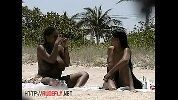 a on beach voyeur Dickflash on omegle porn