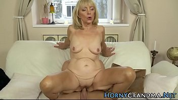 kavitha old aunty A strong blondie