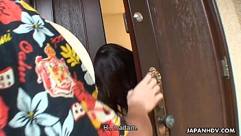creampieeating man pussy Japanese babe fingers and fucks