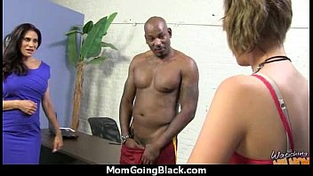 28 cock inch Ebony pussy squirt compilation