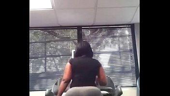 booty big fat anal black Brasileiro batendo puheta vendo video de sexo com a esposa e um amigo