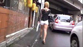 walk in green a sexy skirt Moon joo yeon fucking