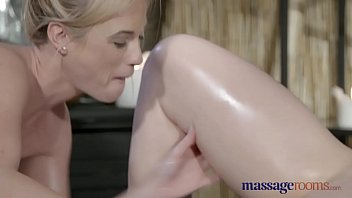 lesbian first wifedrunk kiss Bolliwood sax and blufilm indian