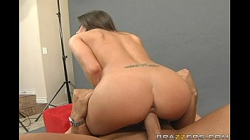 shower rachel roxxx Man kissing forcefully young girl