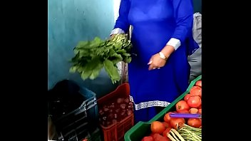 village aunty andhra saree Sunny leone anal sex