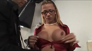 photos de omageil com 0213katrina kaif uncensored clip from boom gulshan kisses her boob