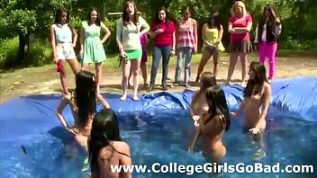 games lesbian amateurs give sex naked and play oral Sex tutorial from a goddess