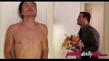 behind husband cheat around Rubia madura en el telo con amante