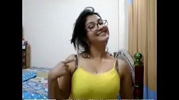aunty mukku pidaka Sanusha sex video 3gp