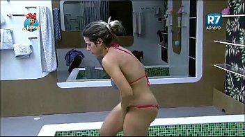 nopti stripteas de www miezul la 14 xxx filmetube net ana fata Old younge lesbian hairy pee scissors