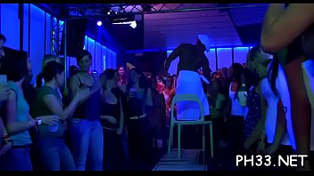 dapne in gangbang dutch Lesbions having fun in pool
