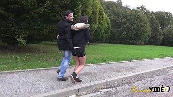 ma vacances soudomise femme sur Lesbian piggyback ride video