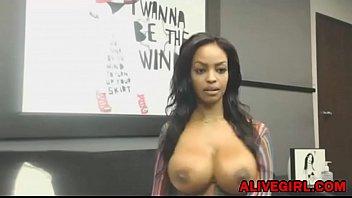 katis and boobs nipples huge big Teen masturbandose en el dormitorio