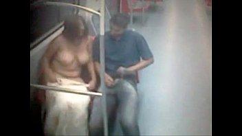 metro em bunda meira de e cleo meio 1 17 Passionate kissing pakistani