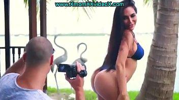 sexbiig com booty www Cam girl fucks