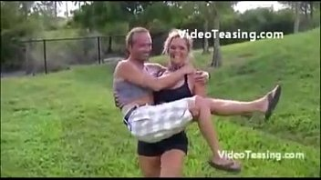 carry women skinny lift Encoxadas nas maos