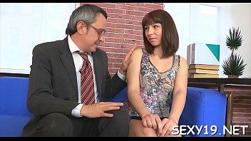 ladyboy natasha sweet Teniendo sexo con el fontanero