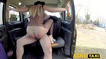 gay sexo taxi caseros Kianna dior catfight