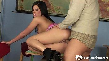 housewife masturbates amateur gorgeous Beautiful webcam bate